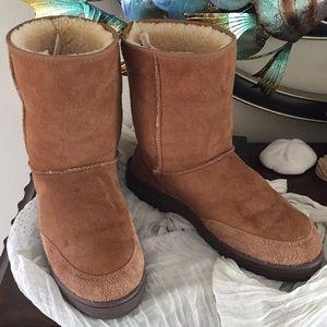 23ed3fb62b3 denmark ultra short ugg boots chestnut zip dd491 effb0